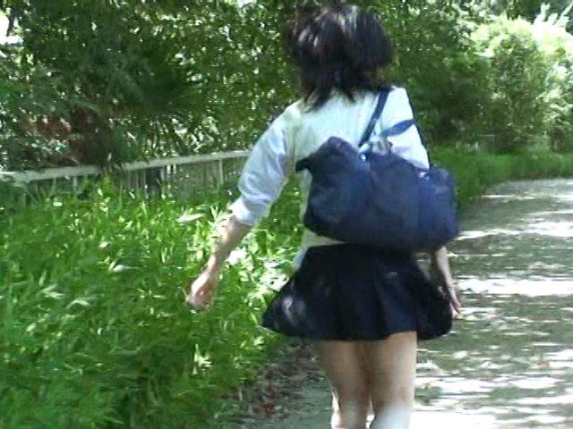 爆裂強襲スカートめくり!!1 【女子校生編】 画像 12