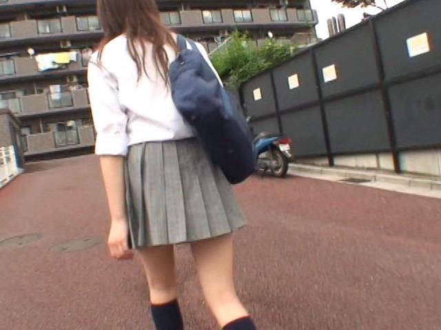 爆裂強襲スカートめくり!!1 【女子校生編】 画像 13