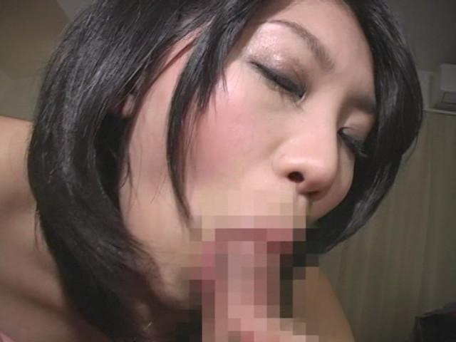美熟女の唾液まみれお掃除フェラチオ