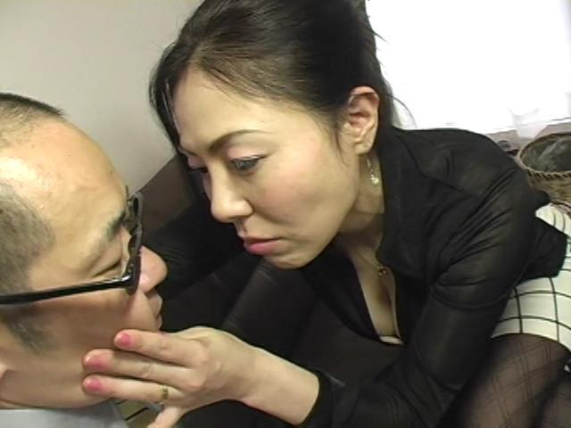イヤらしい熟女のチ○ポ狩り9 三咲恭子 の画像8