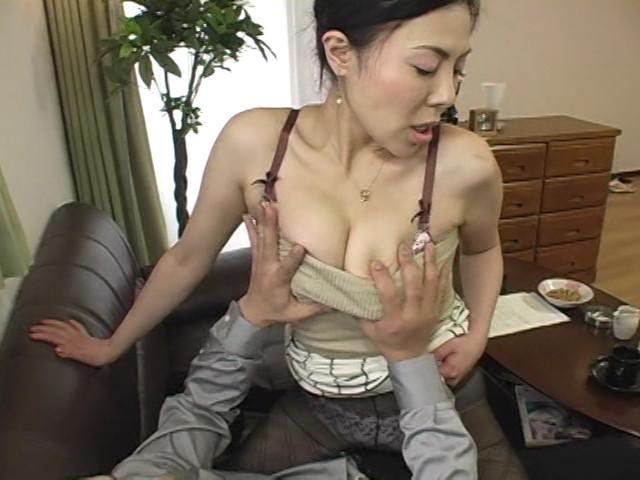イヤらしい熟女のチ○ポ狩り9 三咲恭子 の画像7