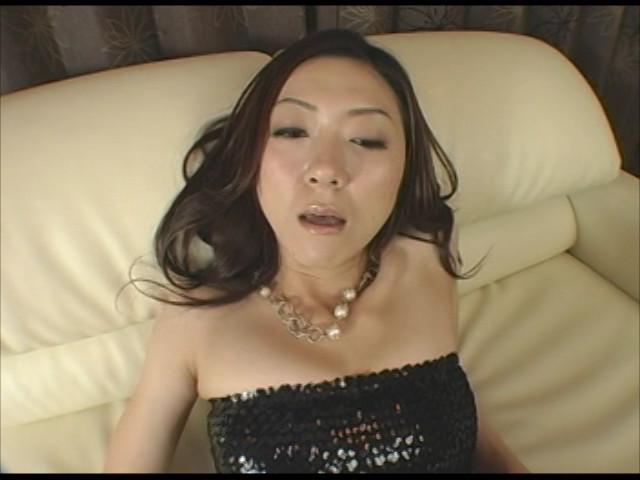 パンスト熟女に踏まれ嗅がされ足コキされたい 画像 10