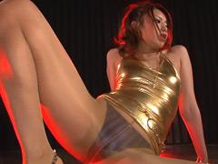ダンス:オマ●コに喰い込んだパンティを覗きまくり!