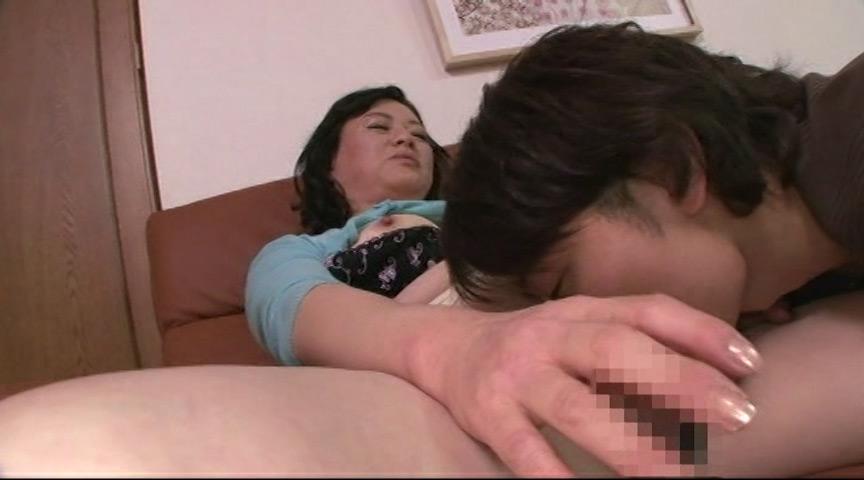 IdolLAB | jukujogahousha-0213 息子に求められる五十路母の卑猥な贅肉