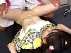 ロリコン小児科医が少女にした猥褻行為の全記録 「先生、やめて、おちん○ん挿れないで…」 180分 犯された幼い少女たち 7名