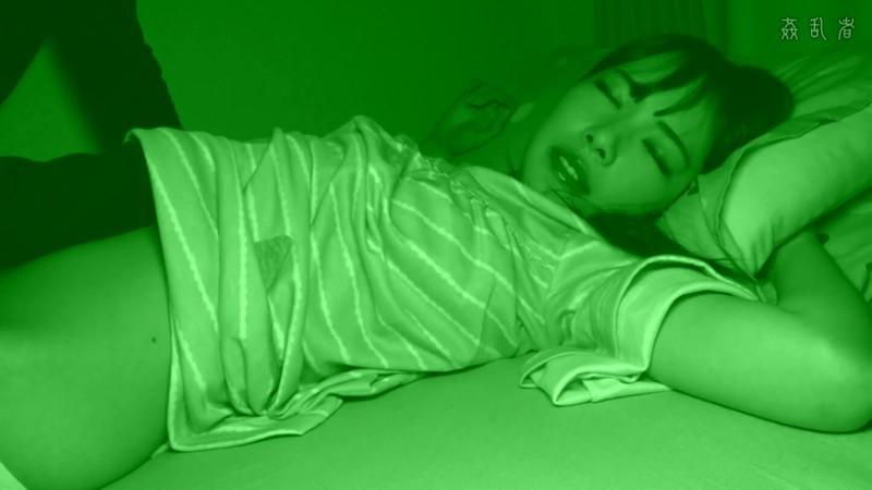 ロ●ータ夜●い 中出しと強●性行為【サムネイム08】