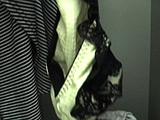 個人ロッカー内 パンツの盗み撮り2