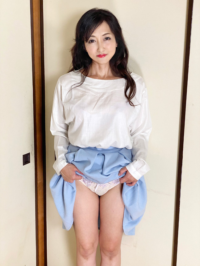 IdolLAB   kosatsu-0404 神熟女 ご無沙汰四十路 りょう 四十歳