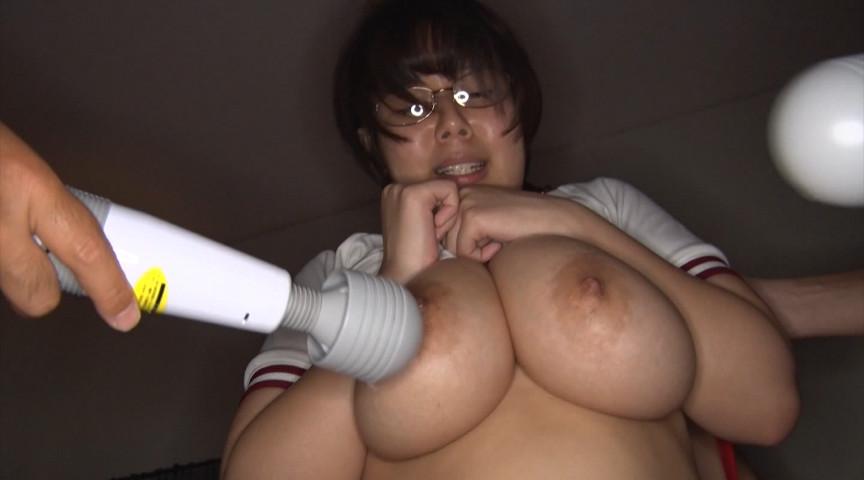 隠れ巨乳の地味子10人連続セックス