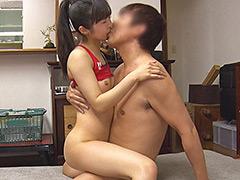 筋肉美少女ランナー かおり(21歳)