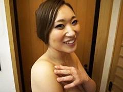 【藤堂留美動画】濡れる不倫温泉-藤堂留美 -熟女