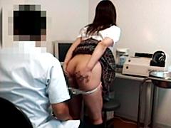 肛門科医師の女子校生アナル診察