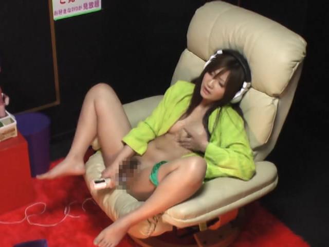 ビデオBOX 女性専用サウナにある個室ブースに潜入SEX2のサンプル画像