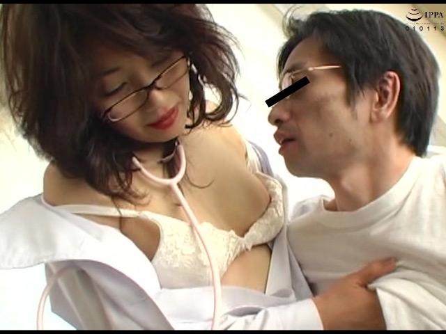 熟女のベロちゅう手コキ Part2 の画像10