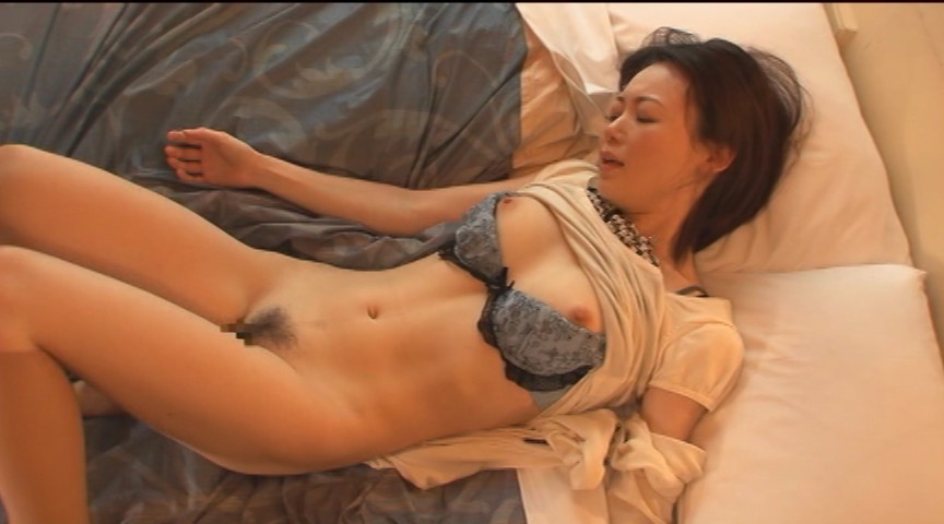 セックスに狂った熟女たち3 画像 1