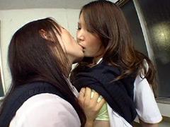 レズキス!!同性愛者に犯される女子校生