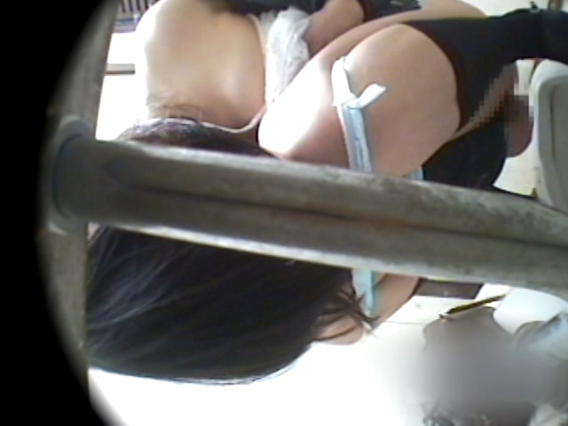 公衆便所でマンズリする変態女は本当にいた!DX 4時間のサンプル画像