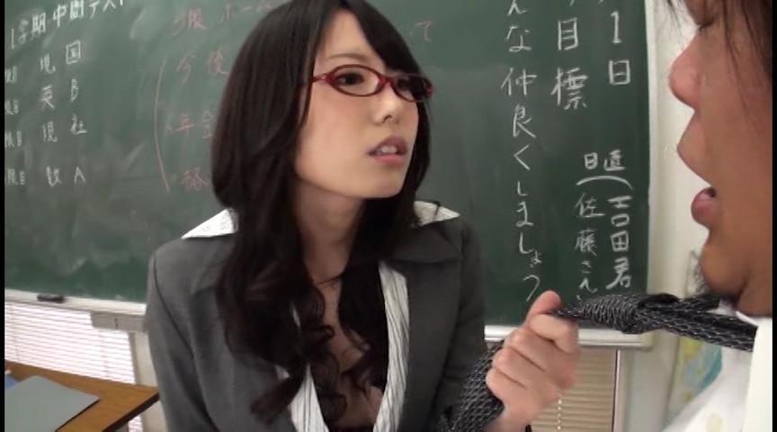 女教師たちが未熟チ○ポに色々手ほどきしてくれる。
