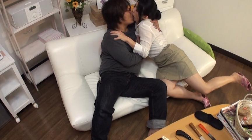 人妻たちのマン汁オナニーがヤバすぎる!!