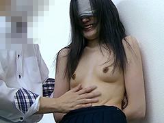 【辱め動画】貧乳スリムOLくすぐり責め