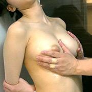 Fカップ巨乳美少女2 おっぱいくすぐり編