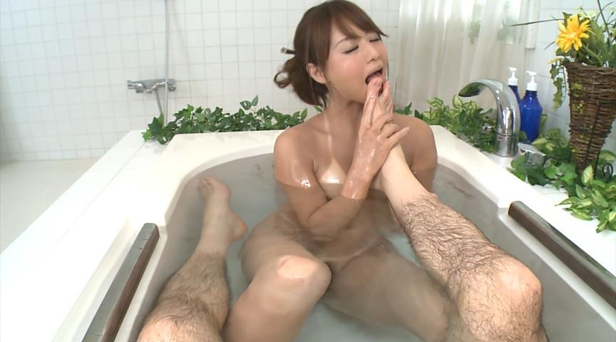 日焼けあと×高級泡姫 吉沢明歩 画像 10