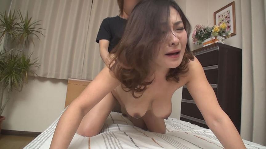 IdolLAB | mbm-0326 ザワつく素人熟女神動画 12人240分