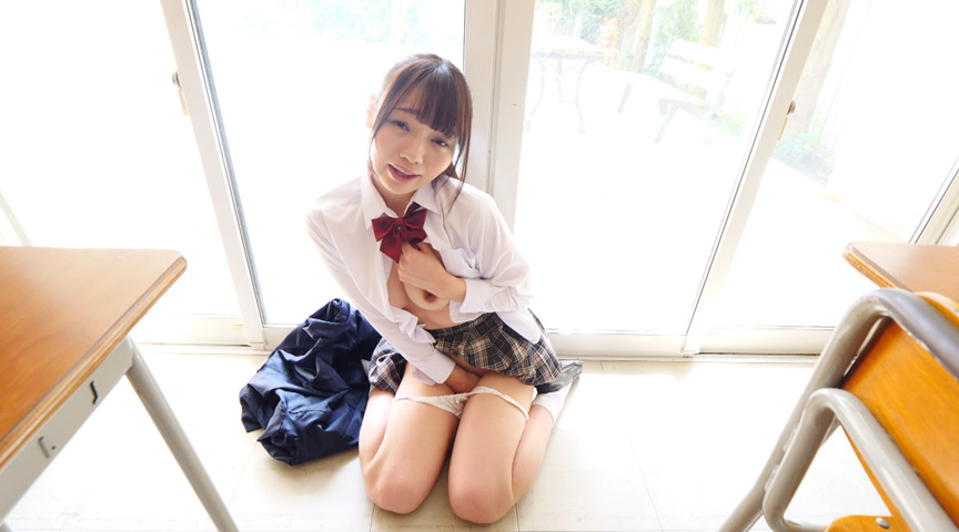 斎藤まりな / 黒髪美少女は純真華憐 2枚目