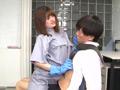 痴女清掃員のゴム手袋手コキマゾ射精WASH!3-4