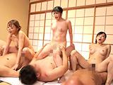 巨乳AV女優ヤリまくり温泉旅館 【DUGA】