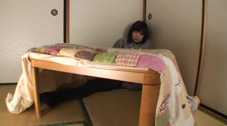 黒タイツこたつDE足コキ&オナニー:まりな&くるみ編 画像 14