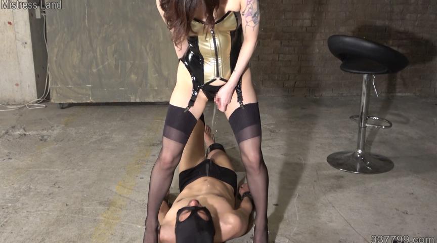 再訓練地下牢獄の美しき教官