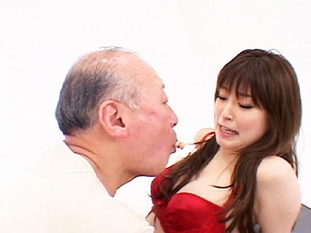 口臭・体臭・加齢臭 キモ男に舐めまわされる美少女 画像 1