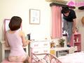 深田家は即尺デフォルト時短セックス 深田えいみのサムネイルエロ画像No.2