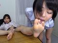 蒸れた美脚匂い嗅ぎ舐めレズビアン-1