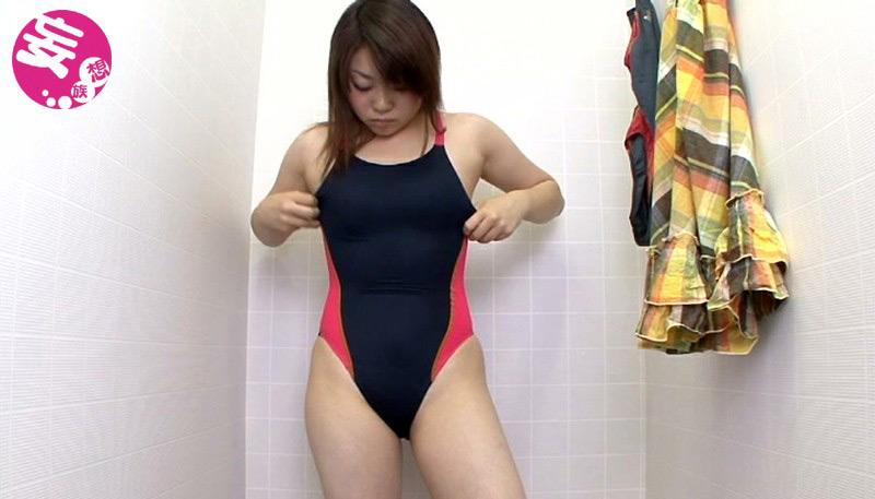 競泳水着からハミ出る豊満な女体とデカ尻盗撮!4 画像 7