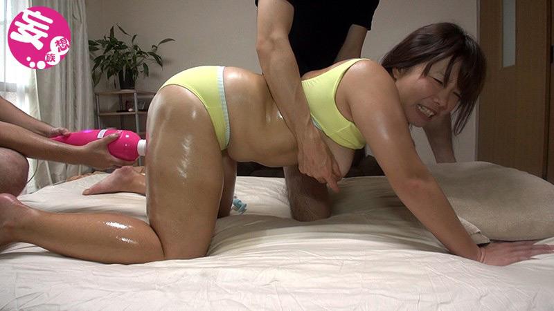 元水球選手の人妻 巨根でトロトロのガチイキ! 画像 2