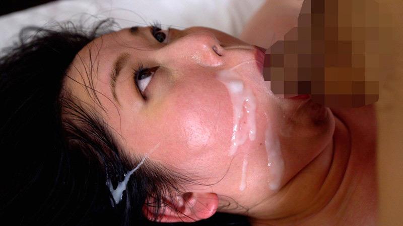 巨根ピストンでアヘ顔アクメしまくるデカ乳首肉感妻 画像 20