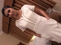 ロスでナンパした美乳エステティシャンがAVデビューのサムネイルエロ画像No.2