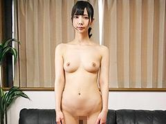 フェチ:素人娘の全裸大図鑑2 5時間37人増刊号
