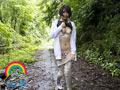 大人しめ女子が、野外に連れ出して露出させてみたら…のサムネイルエロ画像No.1