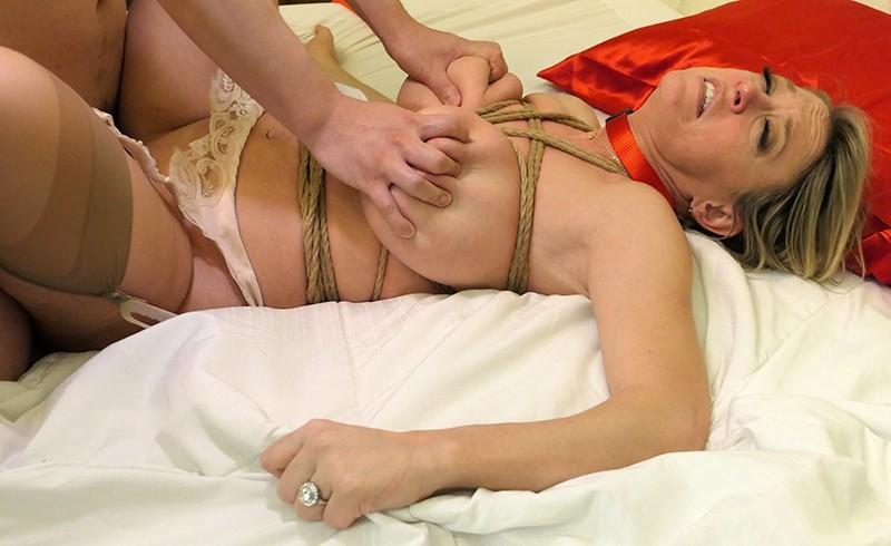 「監禁」金髪人妻緊縛強●3 爆乳主婦拘束 媚薬拷問レ●プ