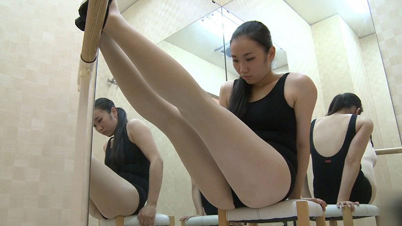 IdolLAB   mousouzoku-7482 スポーツクラブ体操教室の控室盗撮 特別編2