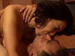 五十路六十路 長年連れ添った中高年夫婦が再び燃え上がる濃厚な接吻と絡み合う性交 BEST30 8時間