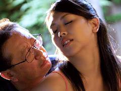 義父と嫁 夏の秘め事