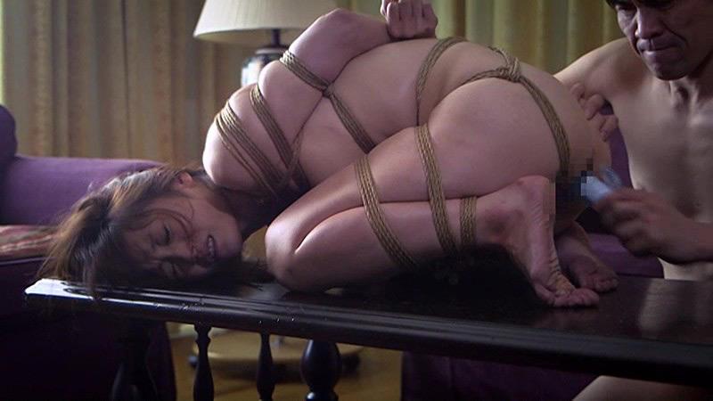 一家押し入り事件 むりやり緊縛された社長夫人 樹花凜 画像 12