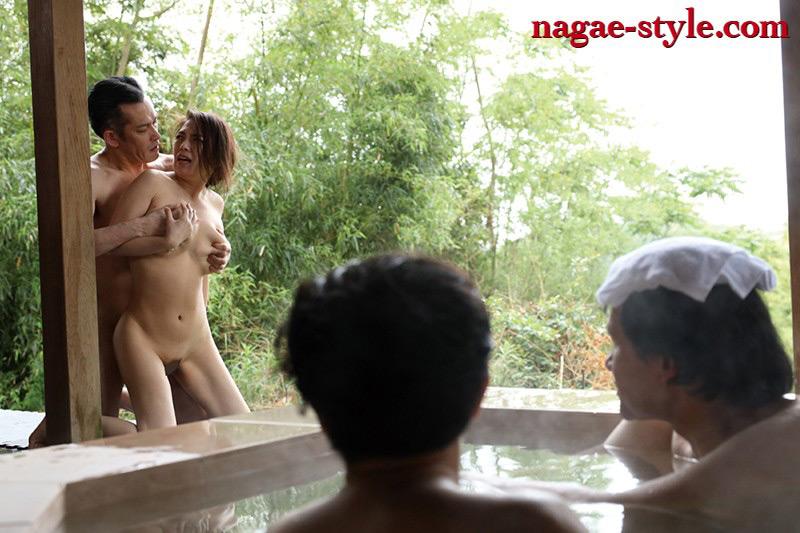 愛する妻と旅先で・・寝取らせ旅行 織田真子 画像 20