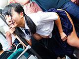 満員バスで制服越しに乳揉み○漢される巨乳女子○生8
