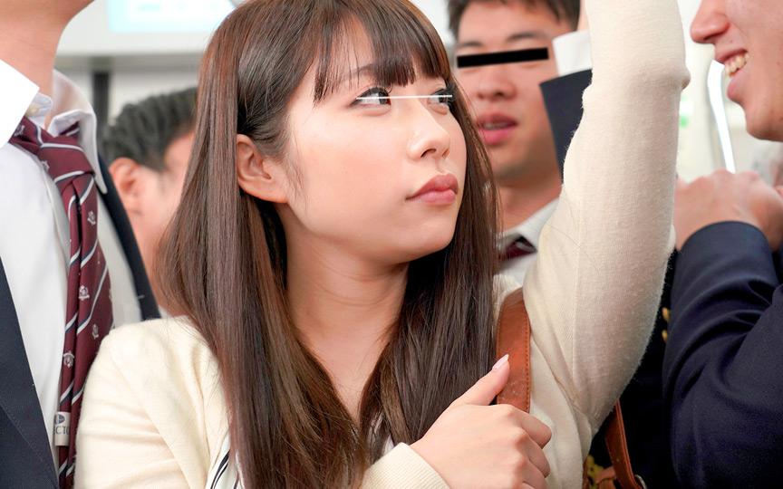 0001 - 満員電車で男子学生集団のイカせゲームに巻き込まれ!!