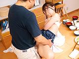 女子○生の生意気な連れ子に何度も中出し2